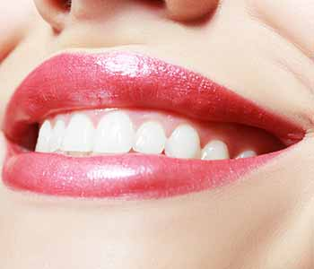 Dentist in Quincy, MA offers laser gum treatments for periodontitis